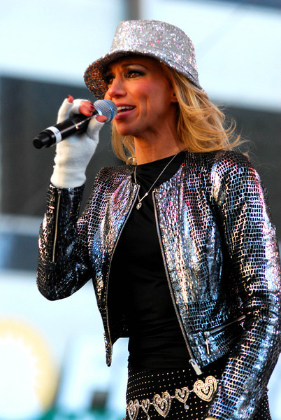 Debbie Gibson-Electric Youth05.jpg